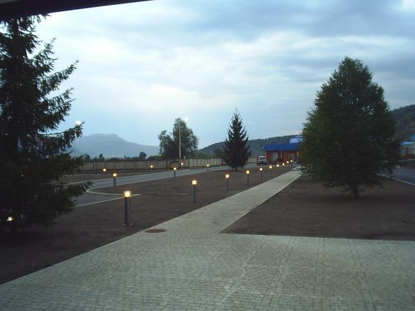 Устройство уличного освещения территории завода