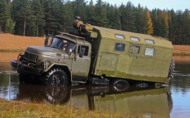 Автомастерская ЗИЛ-131